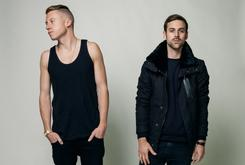 "Macklemore & Ryan Lewis' ""Thrift Shop"" Reaches #1 On Billboard Hot 100"