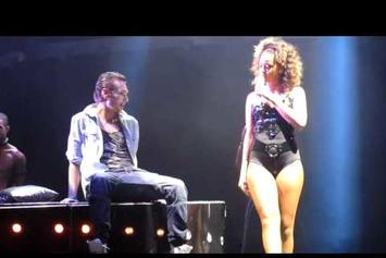 "Rihanna ""Gives Fan A Lap Dance On Stage"" Video"