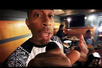 "Ludacris & The Roots Perform Acoustic Version Of ""What's Your Fantasy"""