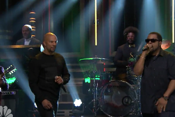"Ice Cube & Common Perform ""Real People"" On Jimmy Fallon"