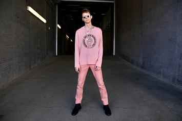 "Machine Gun Kelly's ""Bloom"" Expected To Crack Top Five In First Week Sales"