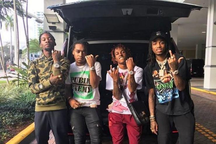 Migos pose with Rich the Kid.