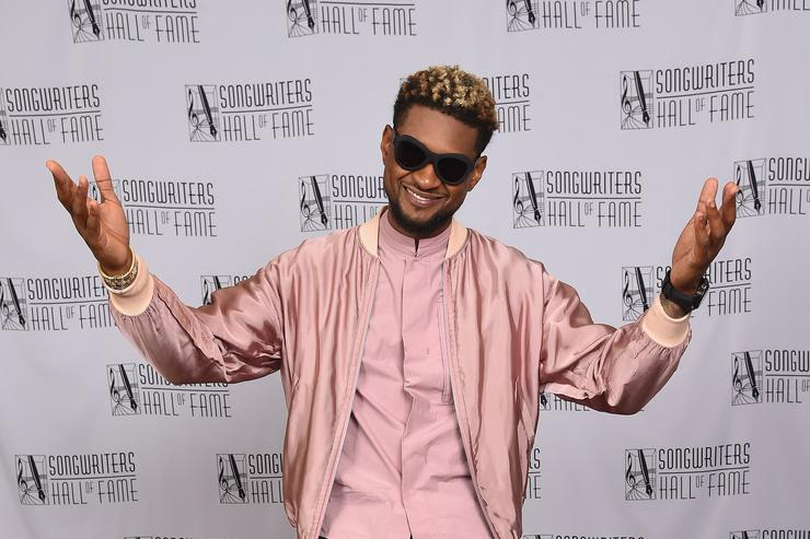 Usher poses backstage at the Songwriters Hall Of Fame 48th Annual Induction and Awards at New York Marriott Marquis Hotel on June 15, 2017 in New York City.