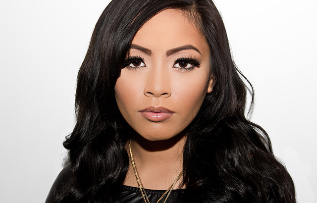 Tips: Honey Cocaine, 2017s alternative hair style of the fun attractive  musician
